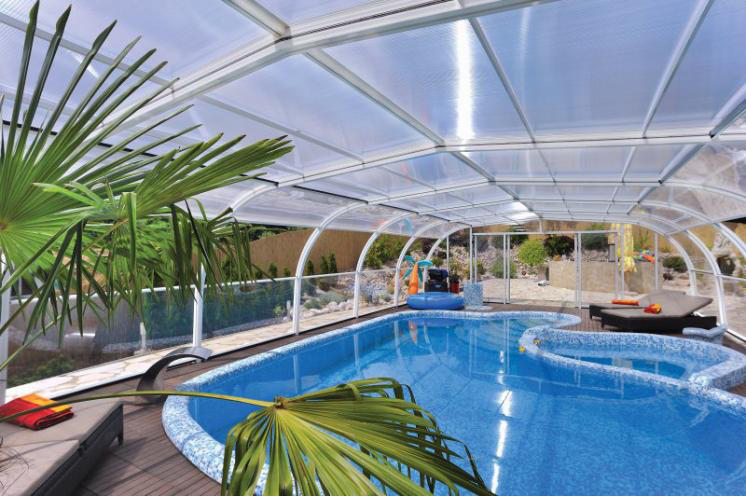 An example of luxurious pool enclosure to decorate outdoor