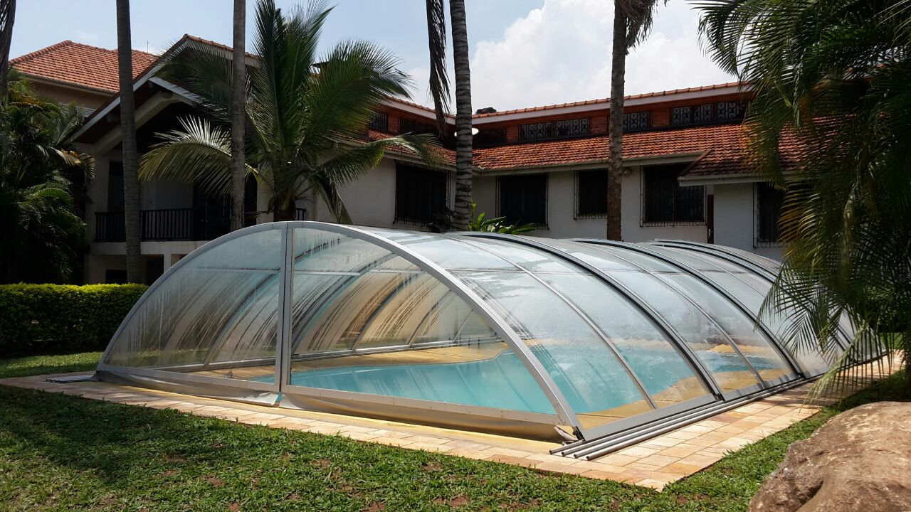How Commercial Patio Enclosures Add More Value To A