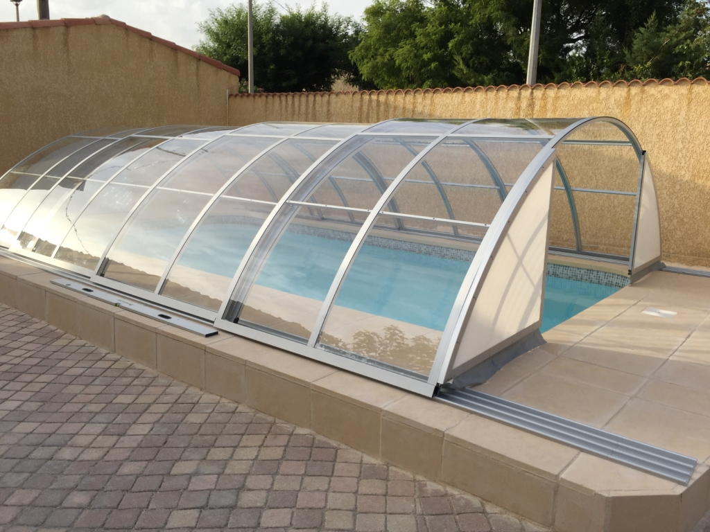 Best time to buy a retractable pool enclosure for your outdoor swimming pool excelite pool Retractable swimming pool enclosures
