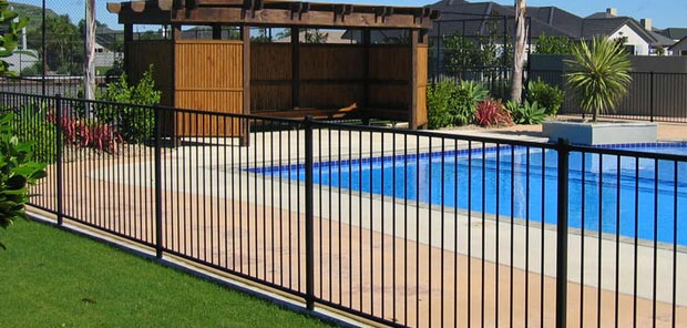Pool Fence: The Ultimate Buying Guide - Excelite Pool