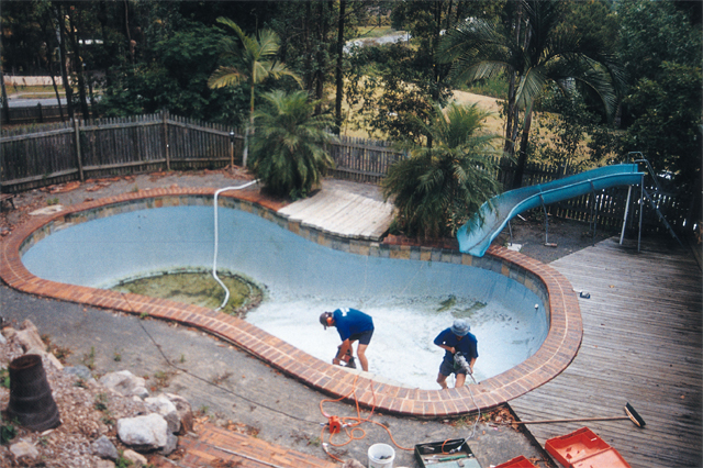 The Ultimate Pool Service A Professional Swimming Pool