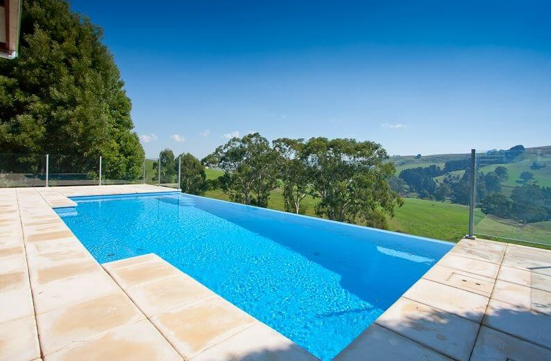 Figure 11 Infinity swimming pool - Excelite Pool